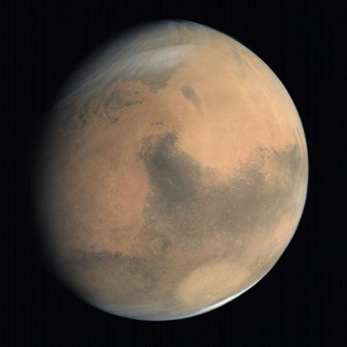 """المركبة الجوالة الأمريكية """"بيرسيفيرانس"""" سوف تهبط في """"فوّهة جيزيرو"""" على كوكب المريخ (محددة بدائرة صفراء)."""