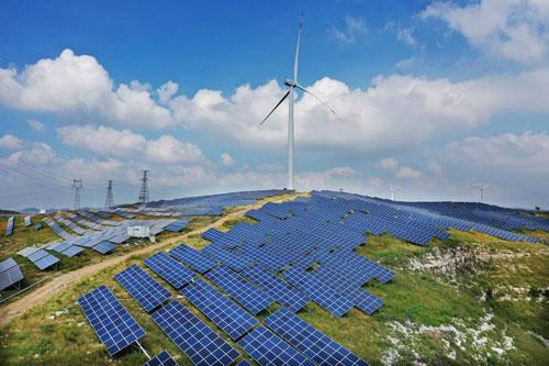 ستحتاج الصين إلى تعزيز إنتاجها من الطاقة الشمسية وطاقة الرياح، لتحقيق الحياد الكربوني بحلول عام 2060.